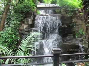 kaula lumpur waterfall